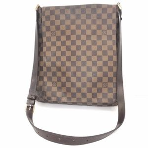 Louis Vuitton Musette in Damier Ebene Crossbody